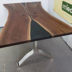 Black Walnut Dining Table Reclaimed Canadian Wood - 1 - Woodify
