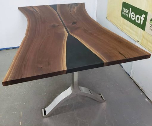 Black Walnut Dining Table Reclaimed Canadian Wood - 1 - Woodify