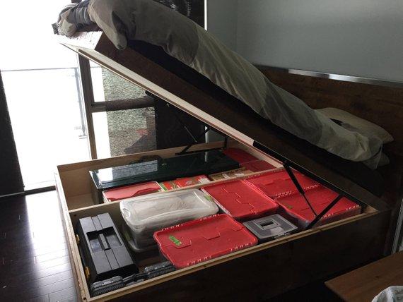 Reclaimed-Barnwood-Storage-Bed-2-Woodify