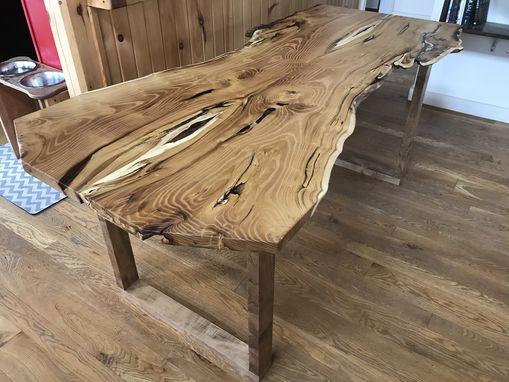 Live Edge Black Locust Table - Woodify 3