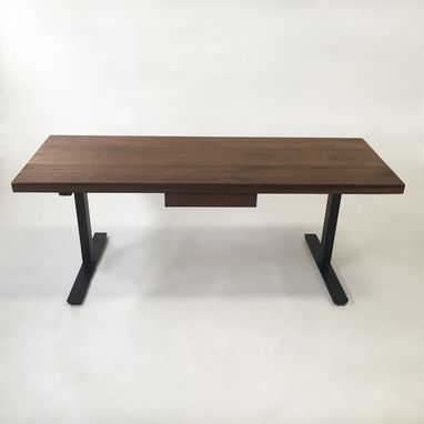 Modern Adjustable Standing Desk - Walnut Electric - Woodify
