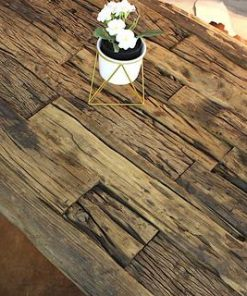Reclaimed Wooden Coffee Table With Industrial Metal Legs - 1 - Woodify